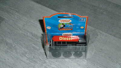 Thomas The Tank & Friends WOODEN DIESEL TRAIN LEARNING CURVE NEW BLISTER PACK  • 19.99£