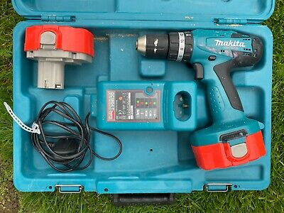 Makita 8391D 18V Cordless Combi Drill With 2 Batteries And Charger • 10.52£