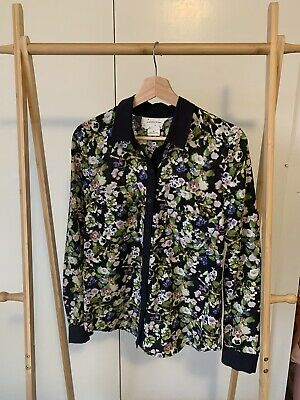AU10 • Buy Urban Outfitters Floral Shirt Size M