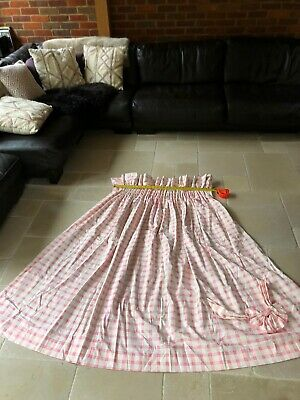 Pink Gingham Check Print Curtains • 15£