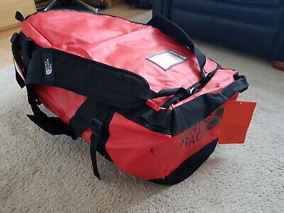 North Face Holdall Backpack  Red New With Tags L Large (95L) . • 120£