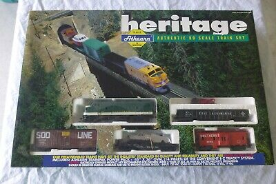 $ CDN91.22 • Buy Vintage  Athearn Heritage Ho Scale Train Set Complete With Extras