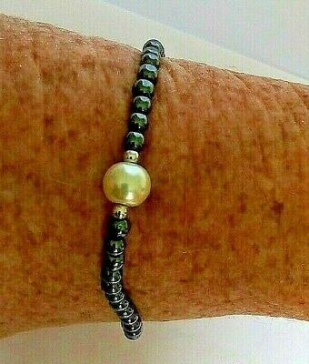Healing Magnetic Haematite Bracelet Central Pearl Feature Silver Tone Clasp 8  • 5.50£
