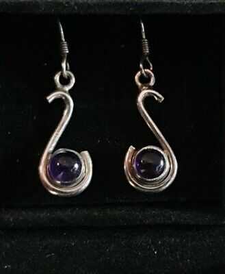 NEW Silver & Amethyst Drop Earrings • 4.40£