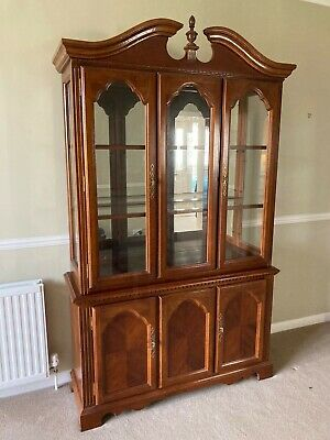 Dining Room Or Lounge Glass Display Cabinet With Cupboards Below  • 2.20£
