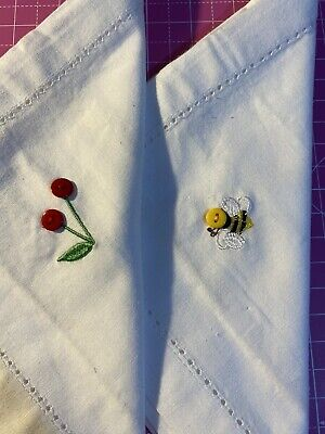 CATH KIDSTON Rare Embroidered With Bee & Tulips White Cotton Napkins • 10£
