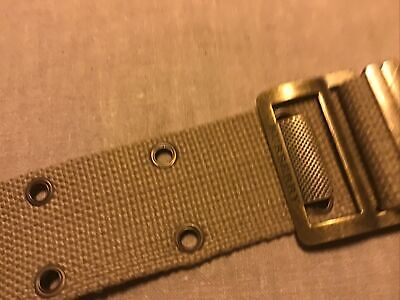 Burberry Utility Belt • 12£