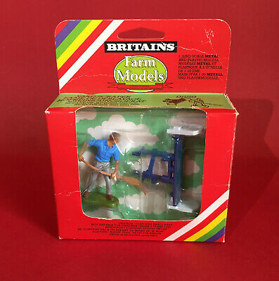 1980's Britains Farm Yard Scraper & Figure Set No9559 MIB • 29.99£