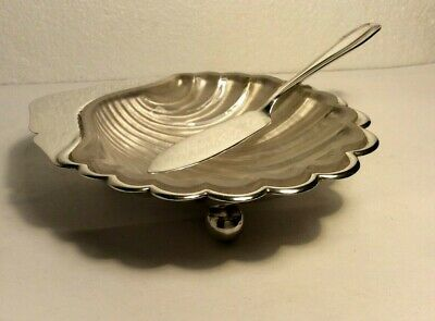 Antique Scallop Shell Butter Dish Glass Liner Butter Knife • 17.99£