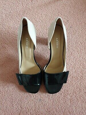 Black And Beige Shoes By Audley – UK 8 NEW • 30£