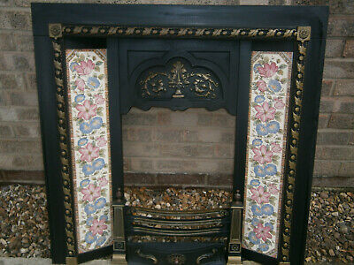 Victorian Style Cast Iron Fireplace Insert Complete With Fire Front And Back • 150£