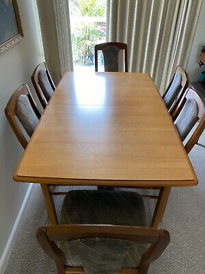 AU130 • Buy Dining Table And Chairs 6 Used