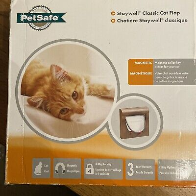 Petsafe Staywell Manual 4 Way Locking Magnetic Cat Flap In Wood Brown Colour • 18£
