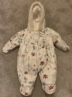0-3 Months White Floral Baby Pram Suit • 1.10£