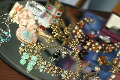 $ CDN6.33 • Buy Large Lot  ~ Vintage Jewelry Collection ~  Pins, Brooches, Necklaces, Bracelets