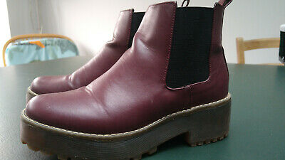 H&M - Burgundy Chelsea Boots Style DM Style Size 5 Boots • 2.90£