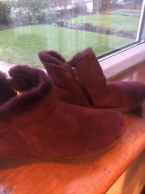 FitFlop Burgundy Suede Boots Size 6.5 • 15£