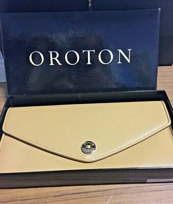 AU70 • Buy Brand New Oroton Melanie Pebble Style Clutch-bag  - Sell For Charity
