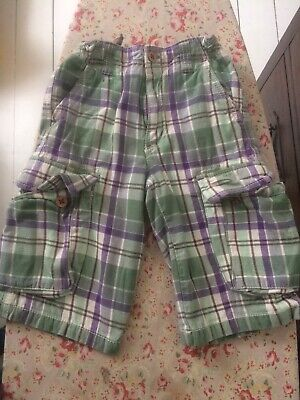 Boden Green Checked Shorts 8yrs • 3£