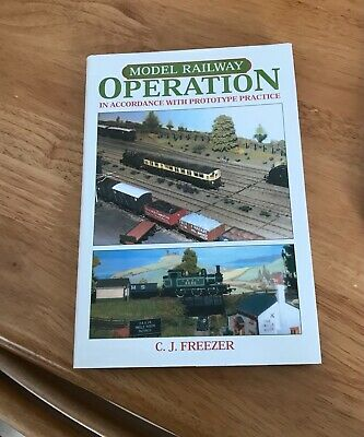 Model Railway Operation Book • 3£