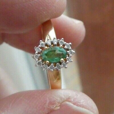 18ct Yellow Gold Colombian Emerald 0.22ct And Diamond Ring Size 8/Q • 115£
