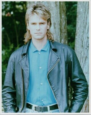 $9.50 • Buy Richard Dean Anderson In Leather Jacket As MacGyver 8x10 Photo