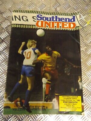 #  Southend United Home Programmes 1982 V   PORTSMOUTH  Fri  Oct  1st  1982 • 2.99£