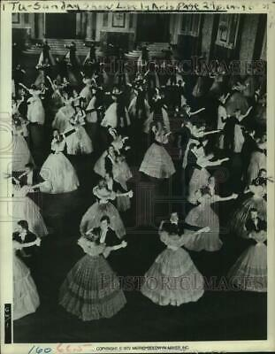 1972 Press Photo Scene From The MGM Movie  The Great Waltz  - Tup08647 • 9.40£