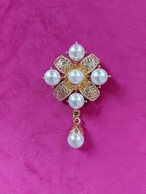 Large Golden And Faux Pearl Vintage Style Cross Brooch  • 5.99£