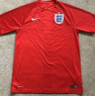 Nike England 2014/2016 Away Football Shirt. Excellent Condition.  Size M • 9.50£