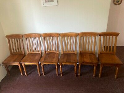 AU20 • Buy 6 Pine Dining Chairs. Excellent Condition.