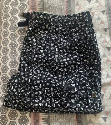Ladies Shorts Size 16-18 • 2.20£