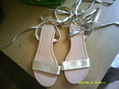 Gold Flat Sandals Size 7 Free Postage • 4£