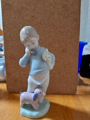 Lladro Nao Figurines Little Boy On The Phone • 5.50£