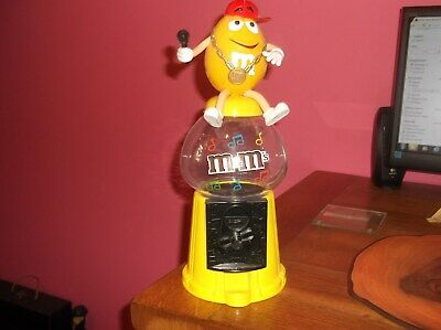 Advertising M&ms M&m Sweet Dispenser Yellow Singer • 2.99£