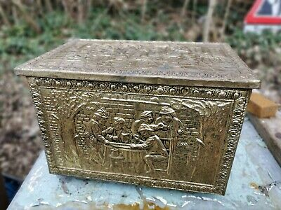 Antique Brass Plated Wood/Coal Box Scuttle • 25£
