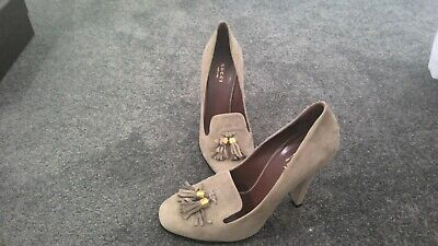AU250 • Buy Woman's Gucci High Heel Shoes - Size 38