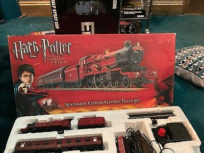 Hornby Harry Potter And The Goblet Of Fire Hogwarts Express Train Set • 90£