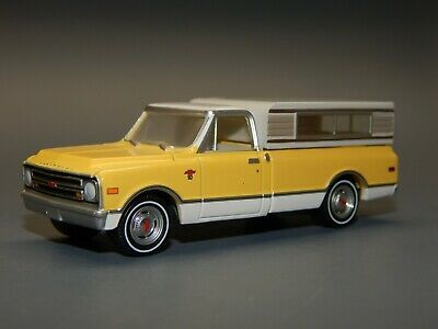 AU2.95 • Buy Greenlight 1/64 Scale 1969 Chevrolet C10 Long Bed Small Camper Yellow White RARE