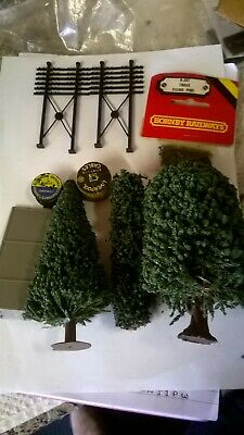 Selection Of Trees Telegraph Poles Ballast And Track Pins • 3£