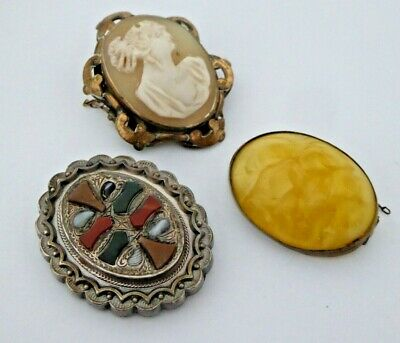 3 X Vintage Brooches - Egg Yolk / Scottish Agate / Carved Shell Cameo  • 7.50£