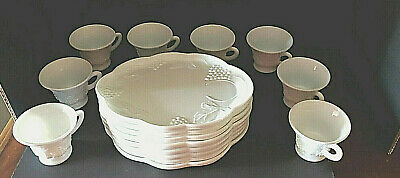 $12.80 • Buy VINTAGE COLONY MILK GLASS 16pc. SNACK PLATE & CUP GRAPE SET Indiana Scalloped