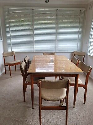 AU500 • Buy Genuine 1970 Retro Wood Extendable Dining Table Matching Buffet And 8 Chairs