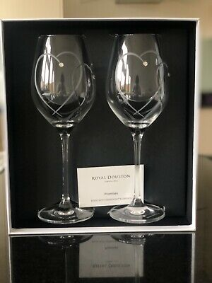 Royal Doulton Wine Glasses Two Hearts Entwined With Swarovski Crystals • 13.50£