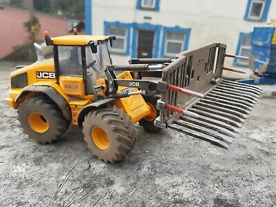 £40 • Buy Rare Britains  Conversion Weathered Jcb  Farm Master 419 With Buckrake And Bucke