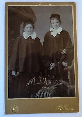 £3.50 • Buy Victorian/Edwardian Cabinet Card - Two Nurses Wearing Capes.