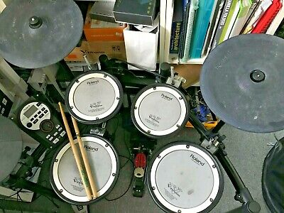 AU1100 • Buy Roland TD11 KV Electric Drum. Everything Is Working. In Good Condition.