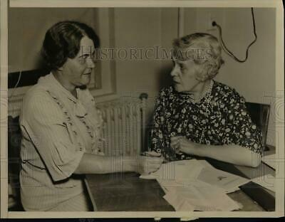 $ CDN24.25 • Buy 1936 Press Photo New York, William Joshua Barney With William T Hanson.