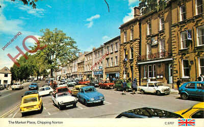£2.69 • Buy Picture Postcard__Chipping Norton, The Market Place [Dennis]