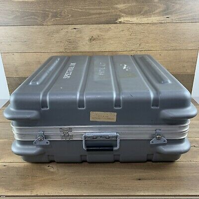 $29.99 • Buy Used 2.25ft X 2.25ft X 1ft Military Storage Case US SELLER